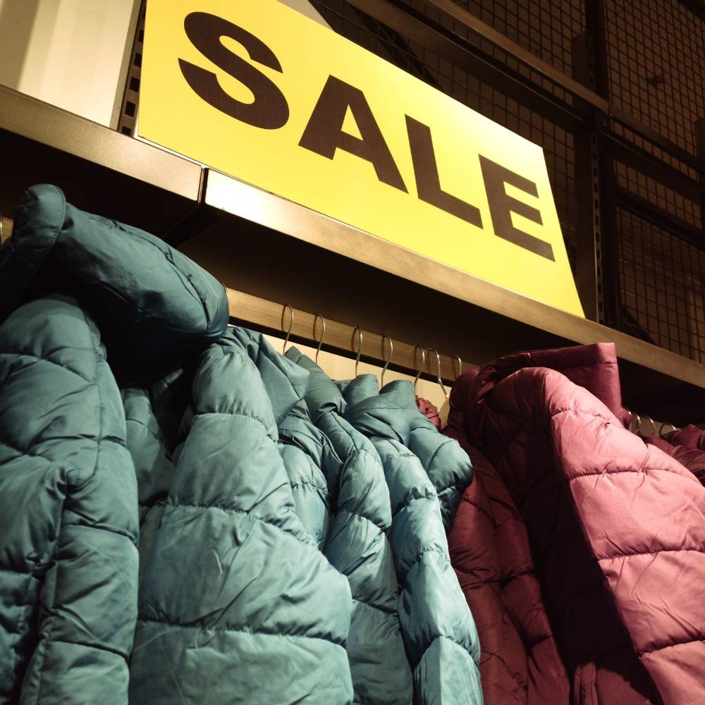 CLOTHING DISCOUNTS